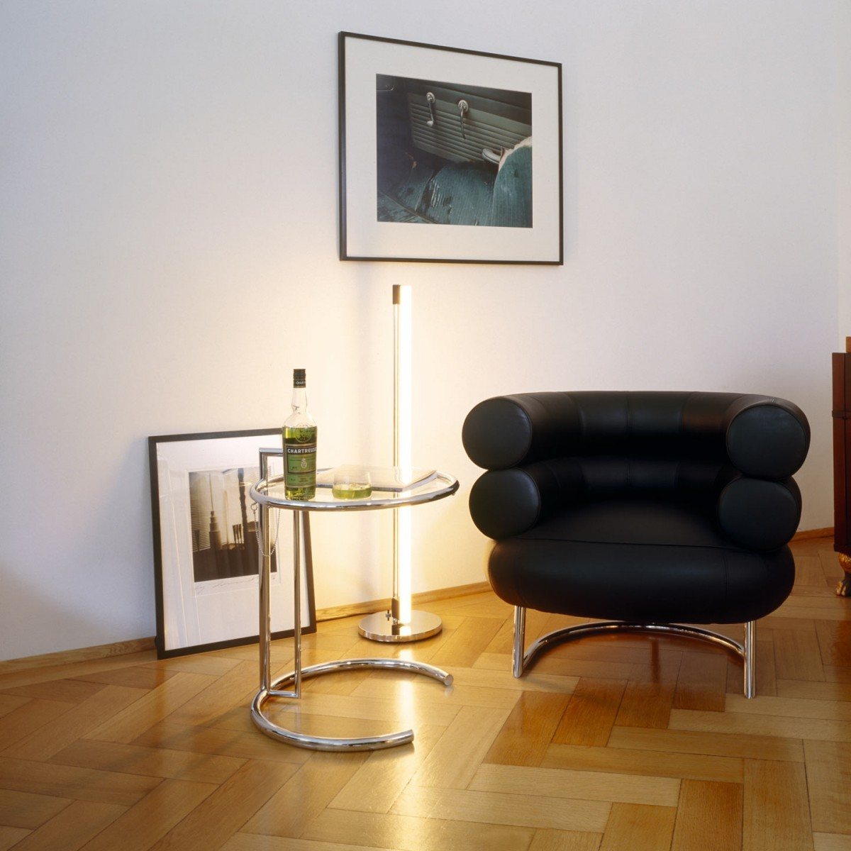 Стол Eileen Gray Style Cocktail Table E-1027 - вид 2