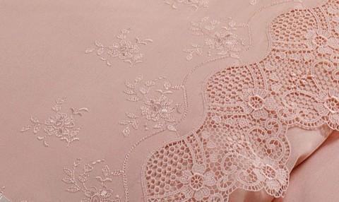 Набор постельного белья с пледом Alianz розовый Tivolyo Home