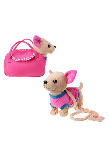 Собачка на поводке в розовой кофточке