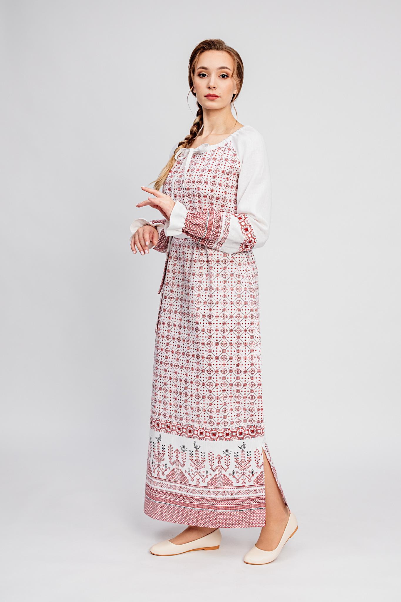 Платье с обережным орнаментом
