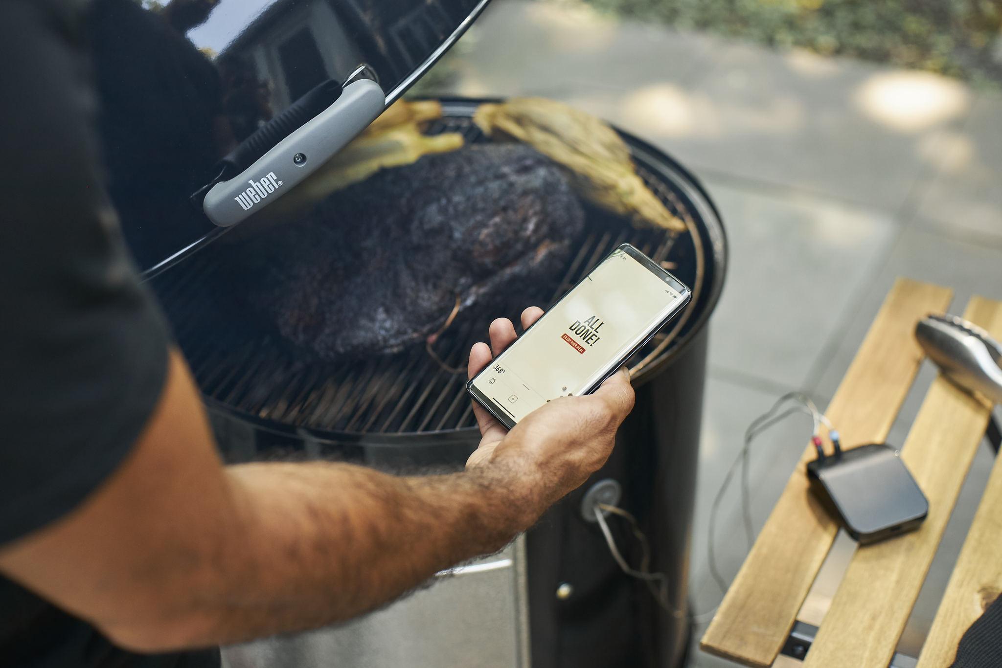 Коптильня угольная Weber Smokey Mountain Cooker 57cm