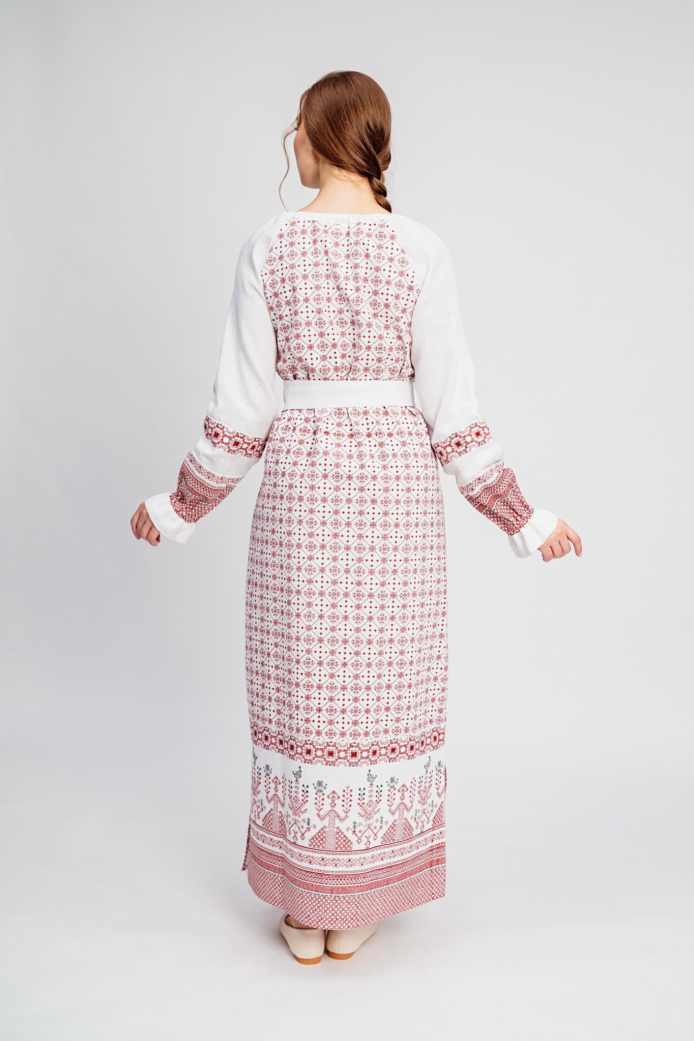 Платье с русским народным орнаментом