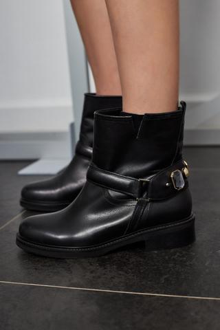 Patrizia Pepe Ботинки кожаные с камнями