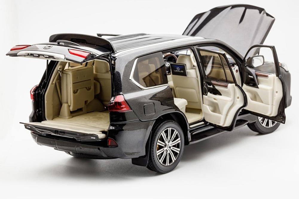 Коллекционная модель LEXUS LX570 NEW LX 570 2020 BLACK