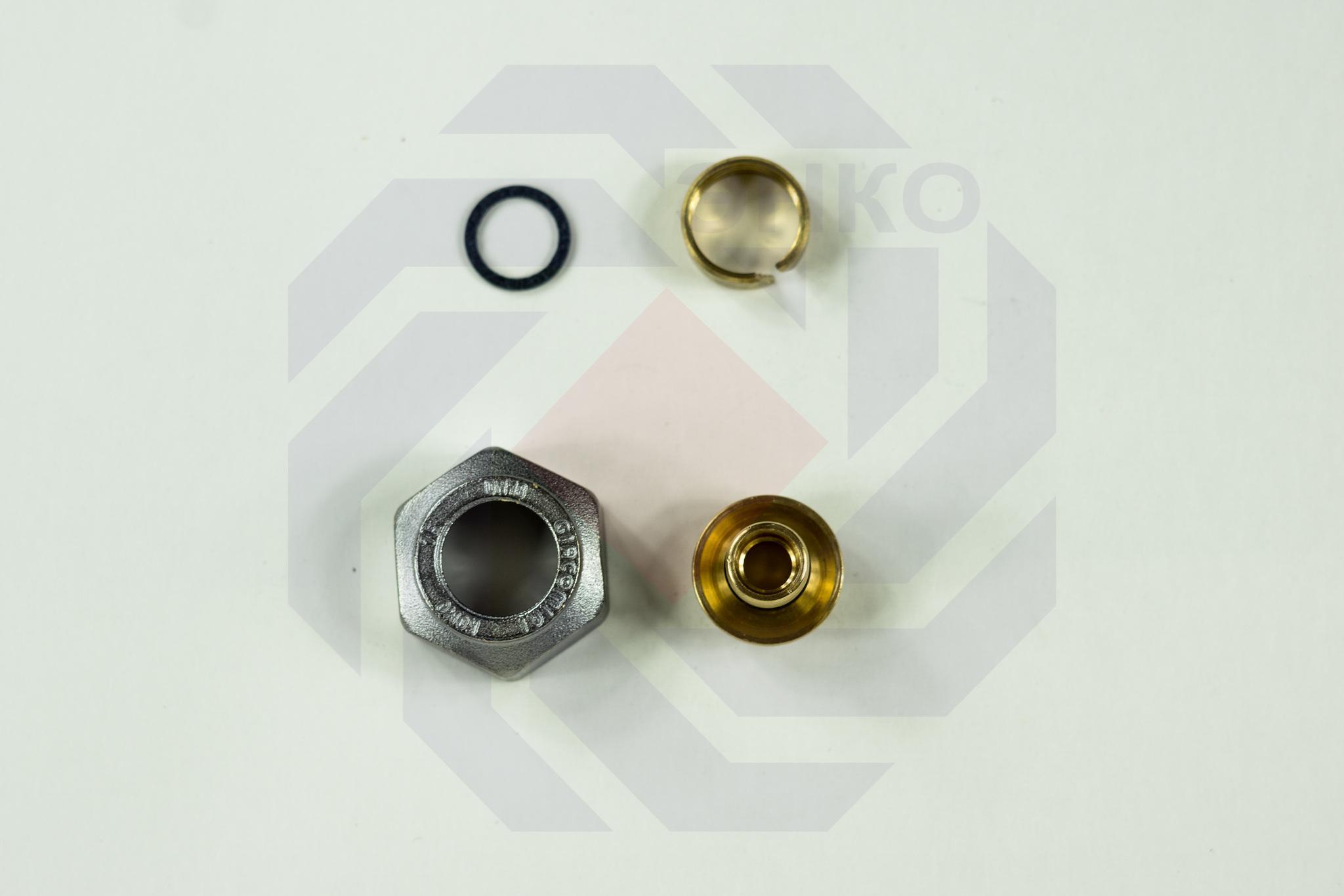 Фитинг Евроконус для труб PE-X, PE-RT, PE-X/Al/PE-X Giacomini R179E ½