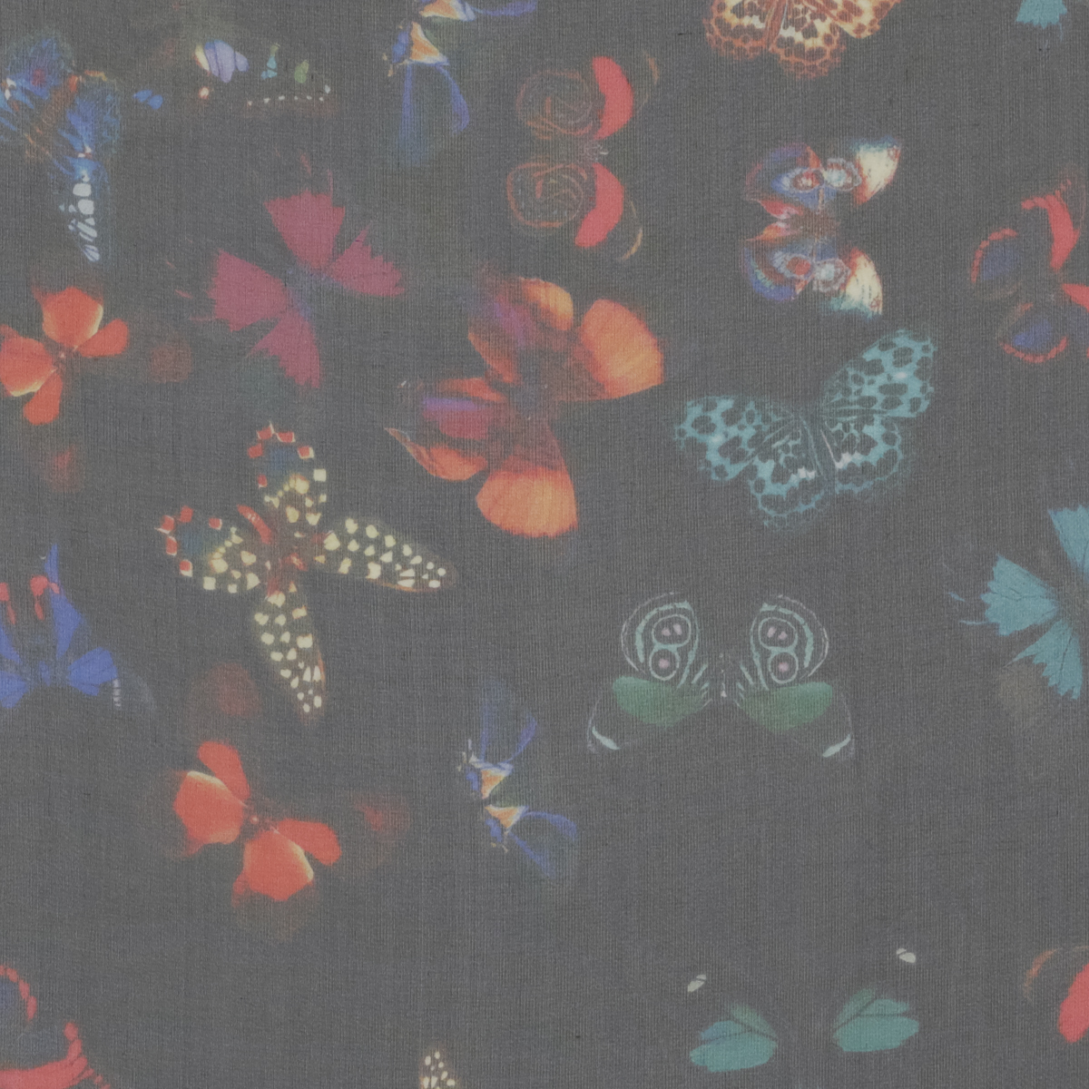 Шёлковая органза с бабочками
