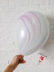 Сиреневый мраморный шар