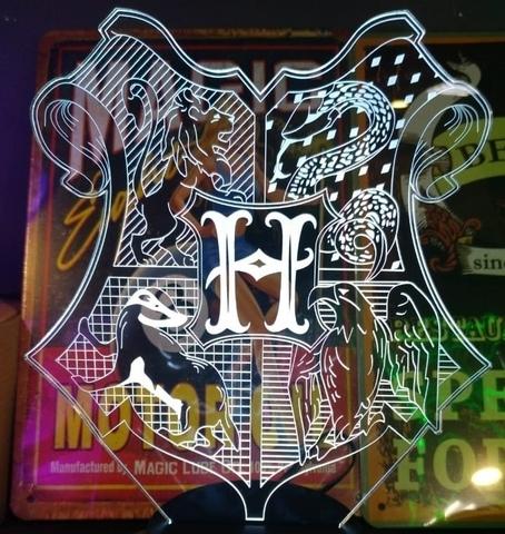 Герб школы Хогвартс (Гарри Поттер)