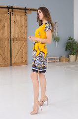 Платье желтое