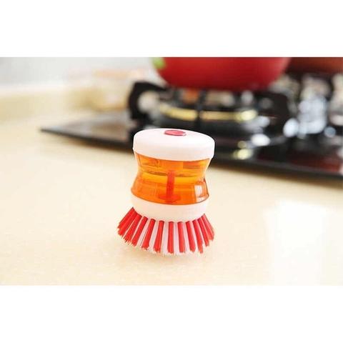 Щетка для мытья посуды с дозатором.