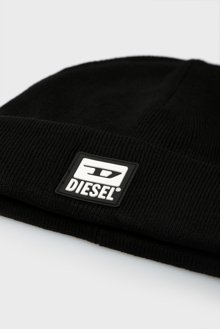 Черная шапка K-XAU Diesel