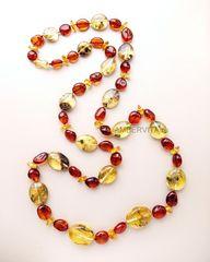 янтарные разноцветные бусы, фото