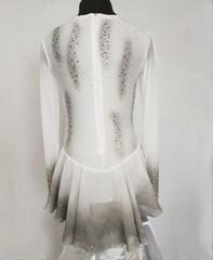 Платье для выступления (белое с подкрасом)