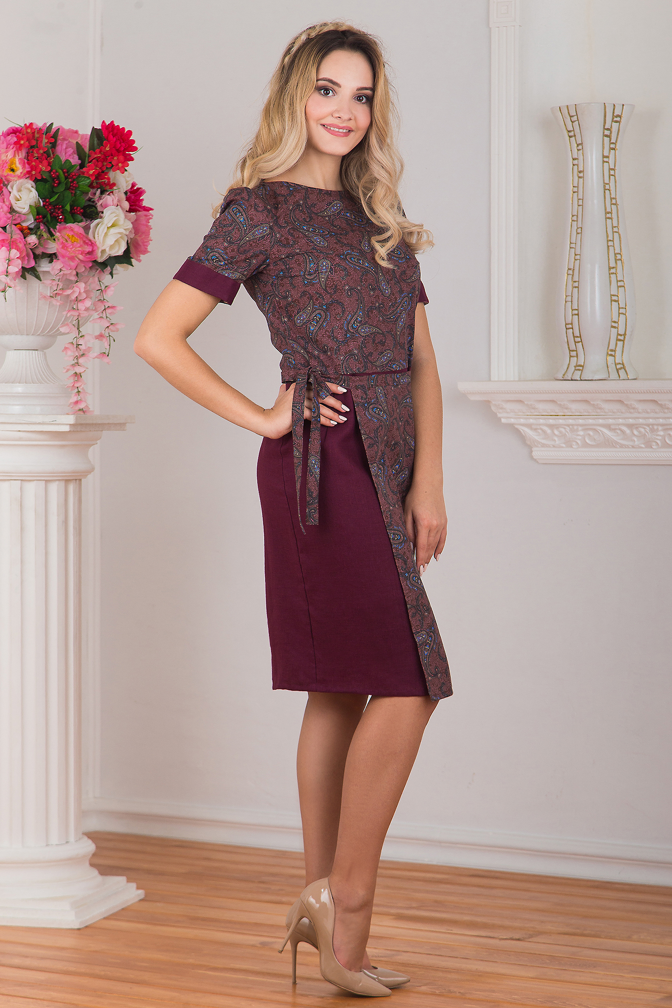 Платье с запахом Спелая вишня вид сбоку