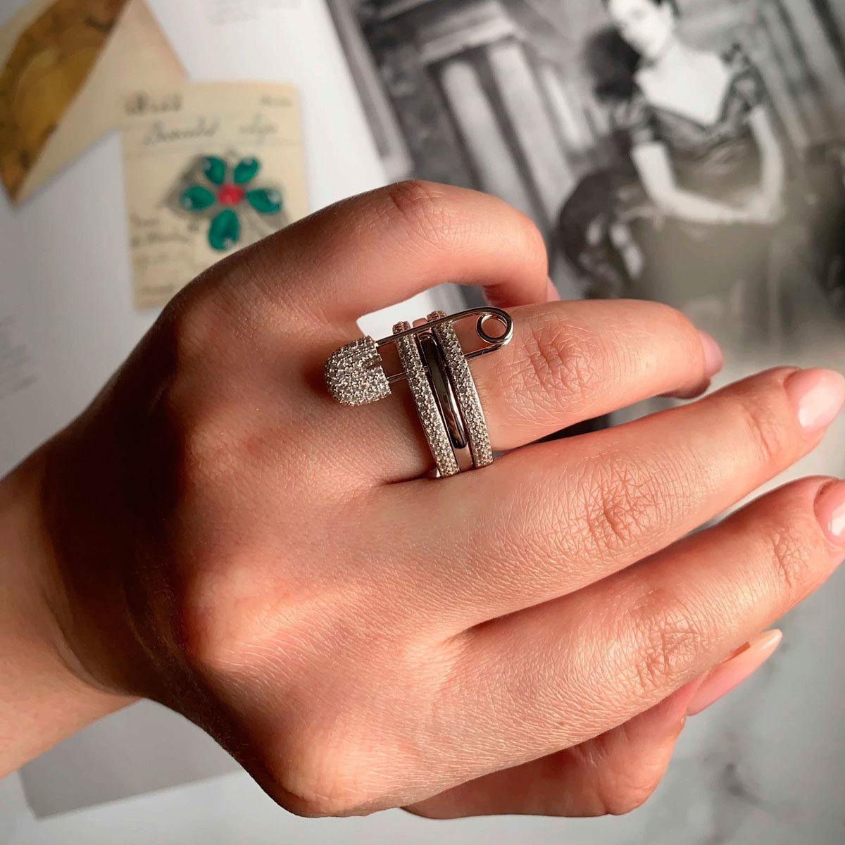 Кольцо трехрядное с булавкой (цирконы, серебро 925)