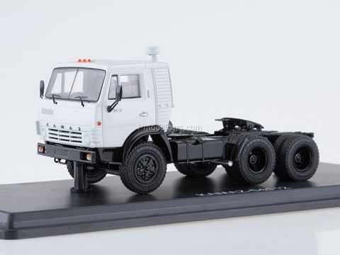KAMAZ-54112 road tractor white 1:43 Start Scale Models (SSM)