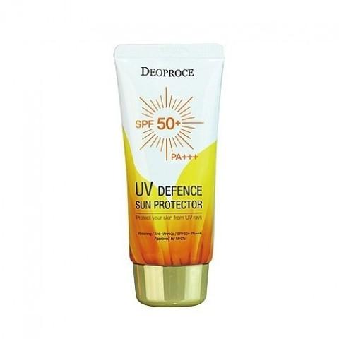 Легкий увлажняющий солнцезащитный крем для лица с высоким фактором защиты Deoproce UV Defence Sun Protector SPF50+ PA+++