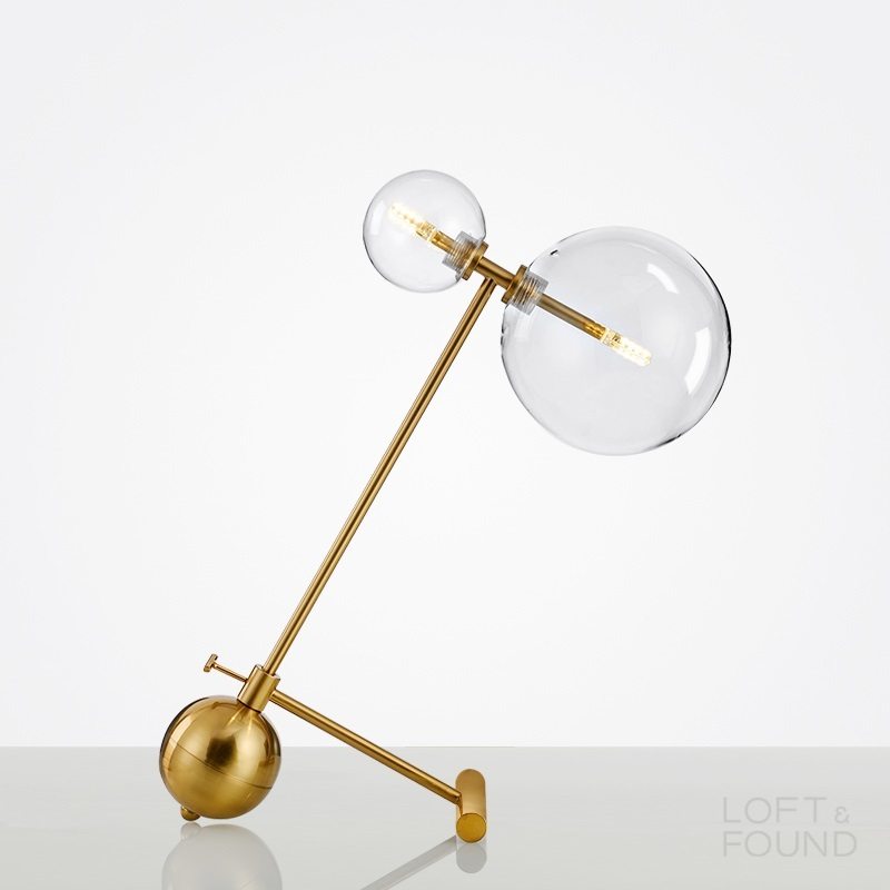 Настольная лампа Glass Globe Mobile Boom Table Lamp Brass