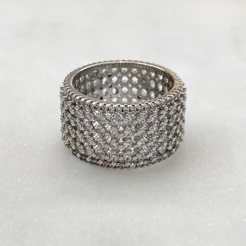 Кольцо с цирконами (юв.сплав)