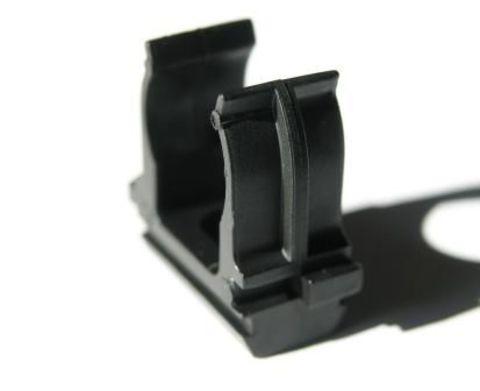 Крепеж-клипса для трубы ПНД 16 мм черная TDM