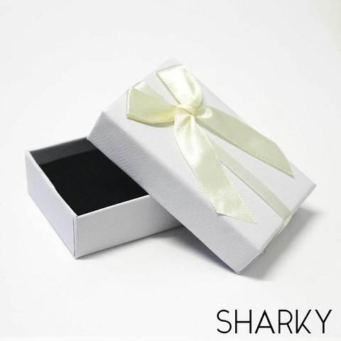 Подарочная белая коробочка с кремовым бантом / Подарочная упаковка Отрадное