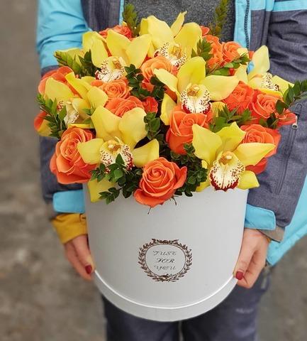 Коробка розы с орхидеей 3