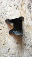 Распределитель тормозных сил б/у (Кронштейн тормозных трубок) для грузовых автомобилей МАН ТГС. Материал: пластик. В наличии.  Оригинальные номера MAN - 81981810218
