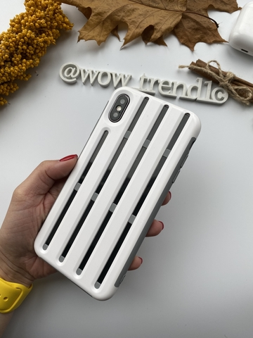 Чехол iPhone XS Max Baseus Cycling Helmet Case /white/