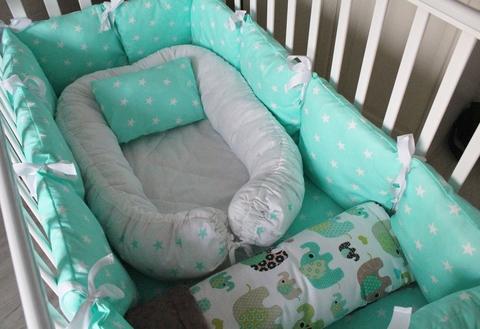Комплект в кроватку Изумрудные слоники, на 4 стороны кроватки