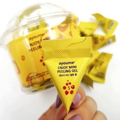 Ягодный гель-пилинг для лица Ayoume Enjoy Mini Peeling Gel
