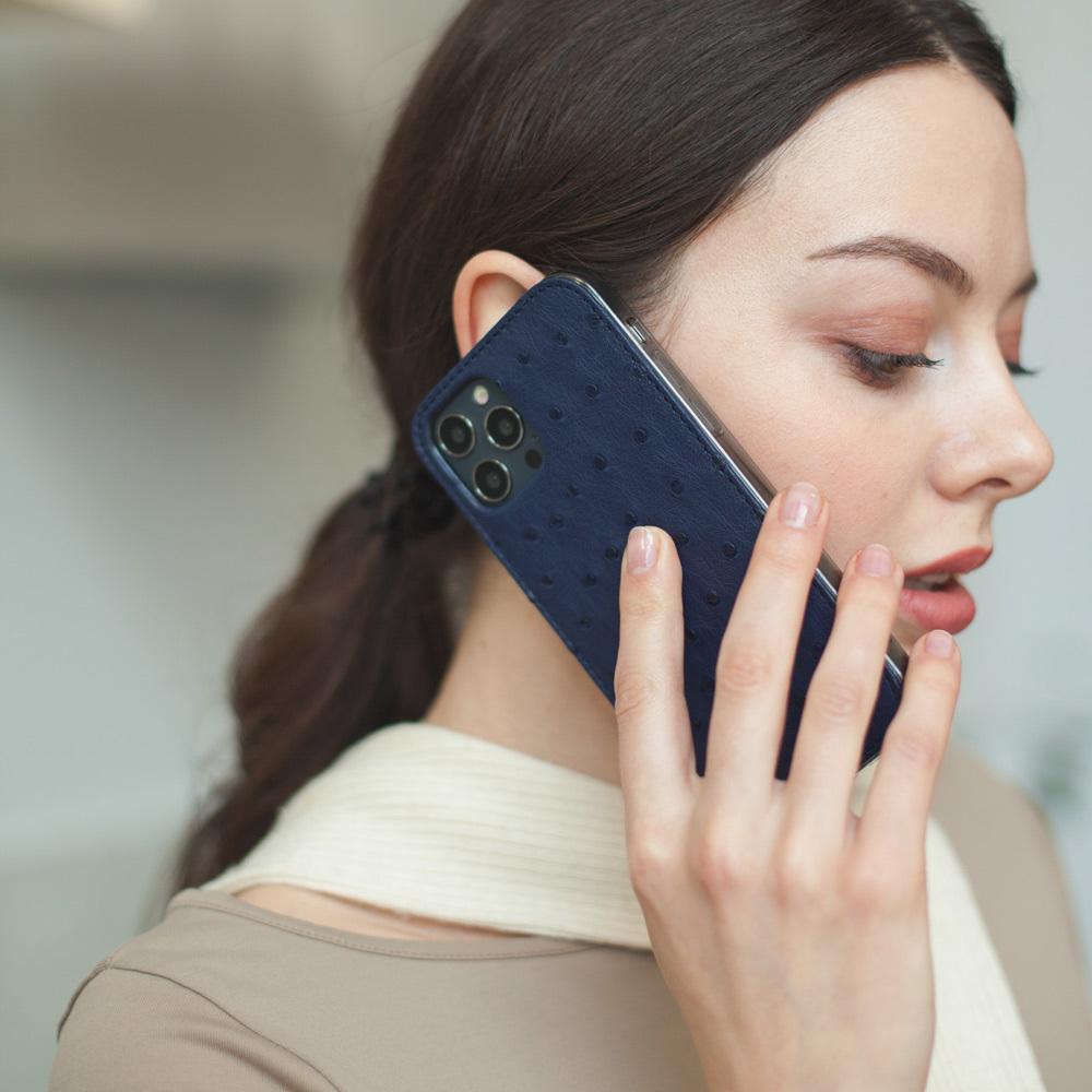 Special order: Чехол-накладка для iPhone 12/12Pro из натуральной кожи страуса, синего цвета