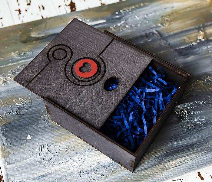 BOX222-1 Черная подарочная коробка к 8 марта (17*17*7 см) фото 04