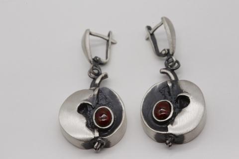 Серьги из серебра 925 с гранатами