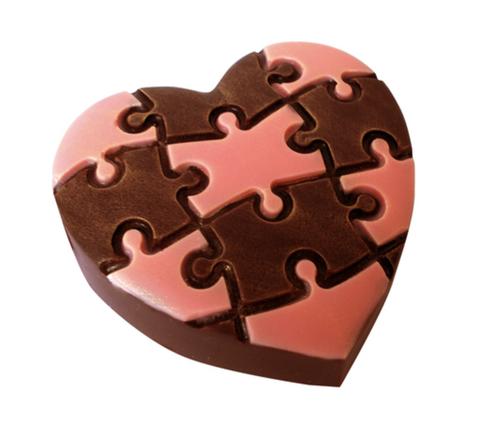 Пластиковая форма для шоколада жен. СЕРДЦЕ ЛЮБОВНЫЙ ПАЗЛ (85х85мм)