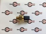 Датчик температуры масла АКПП 1/4 BSP jcb 3cx 4cx 701/80627
