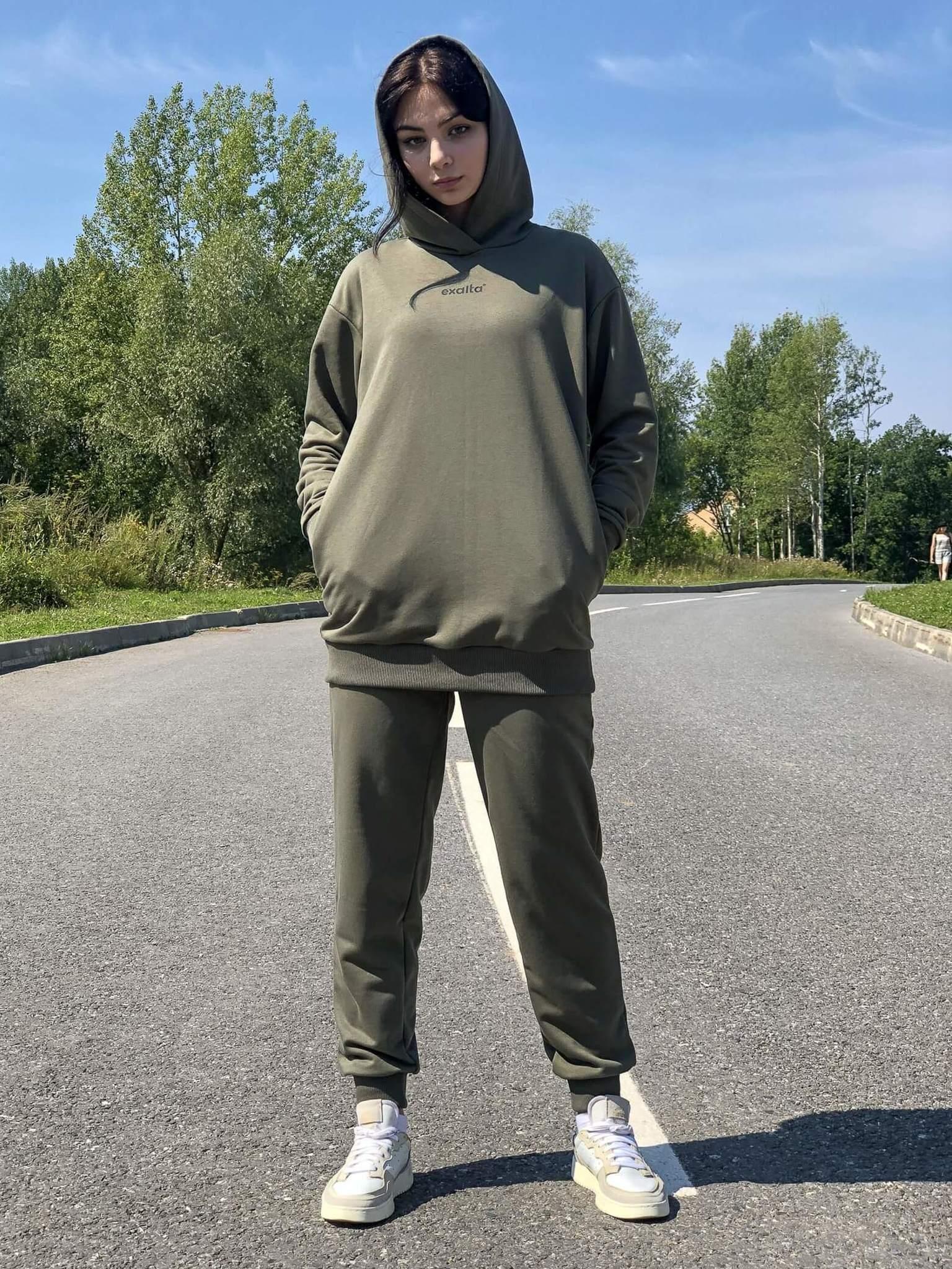 Спортивный костюм из хлопка