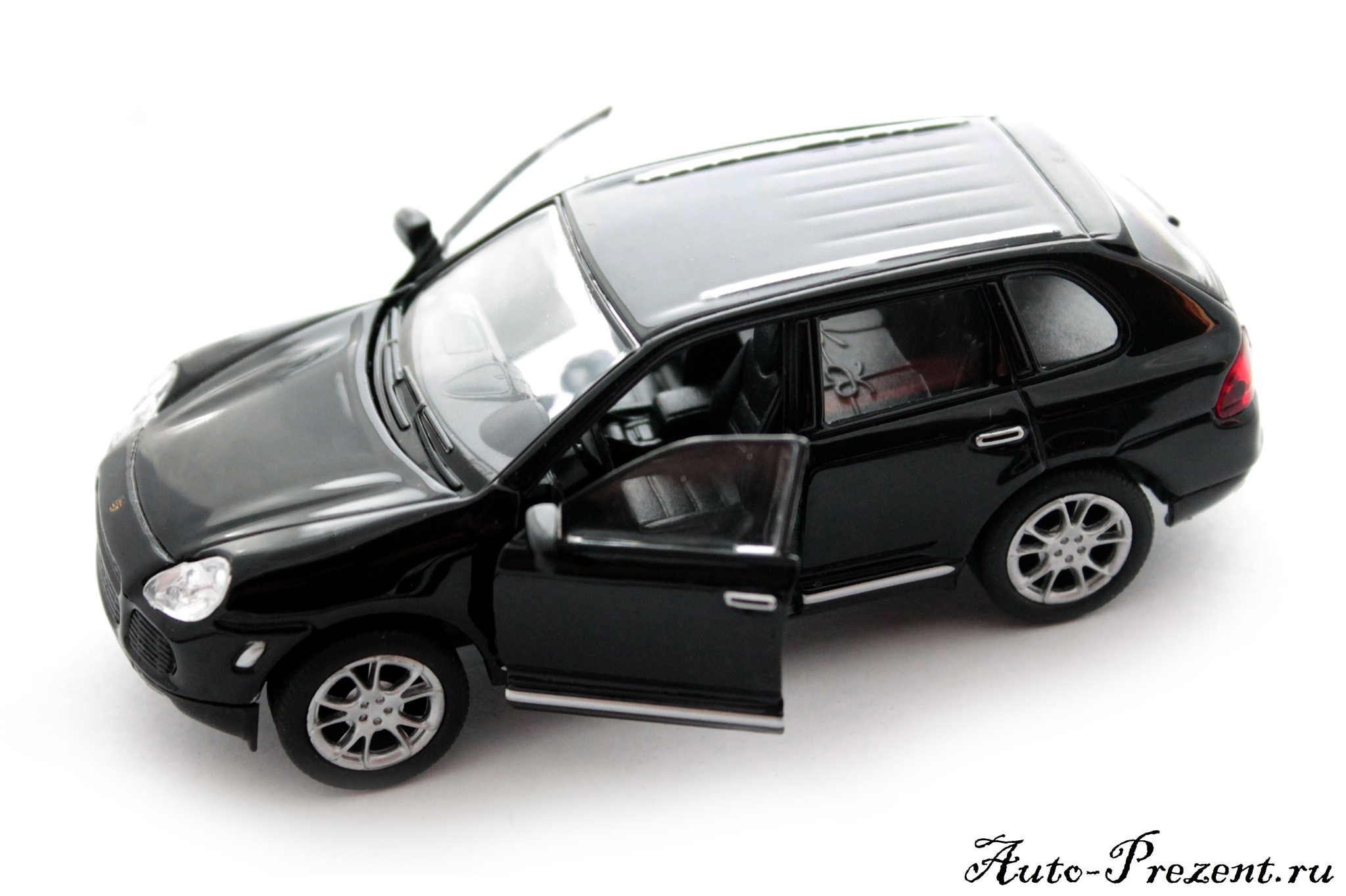 Машинка-игрушка Porsche Cayenne Turbo