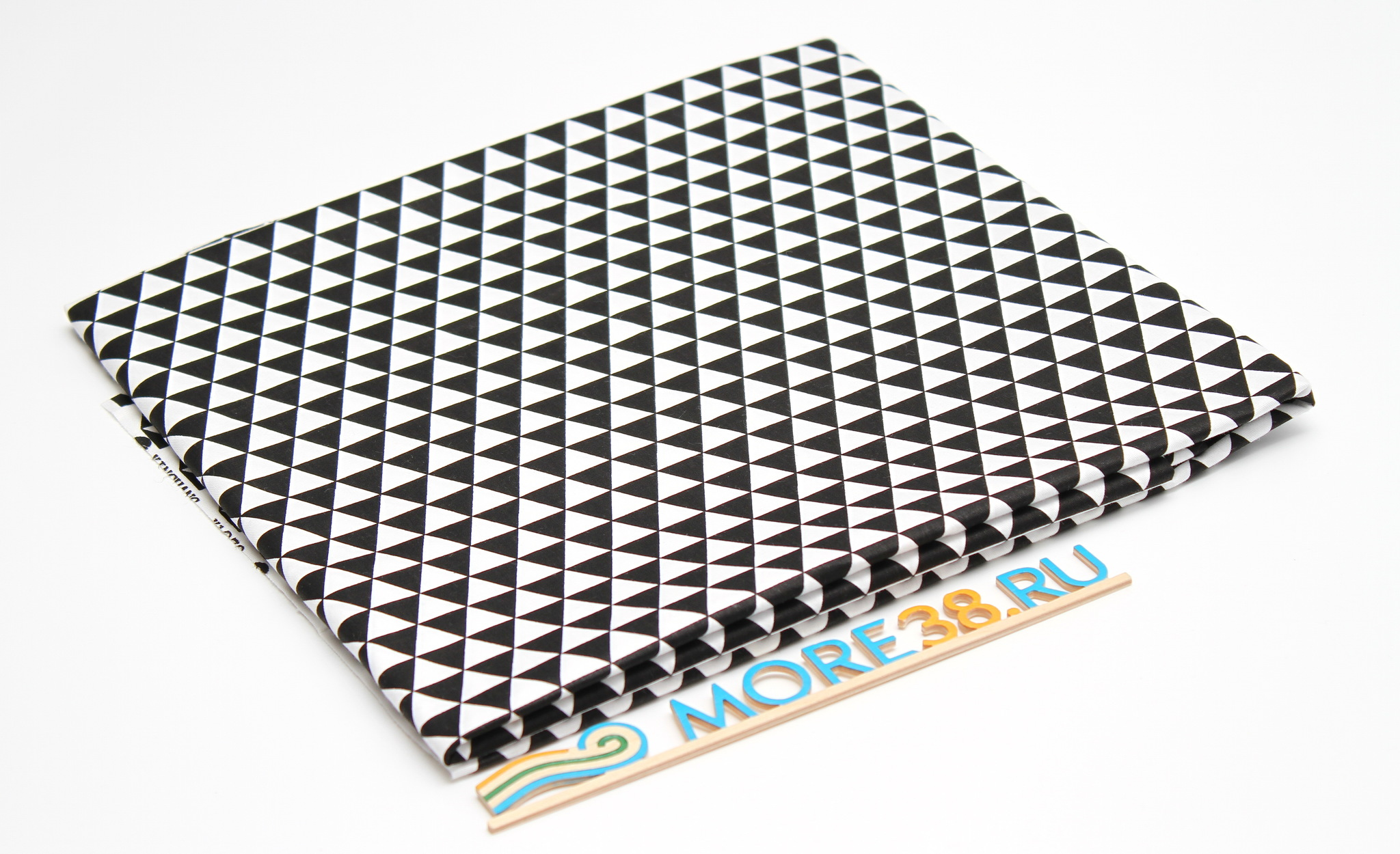 Треугольники черно-белые