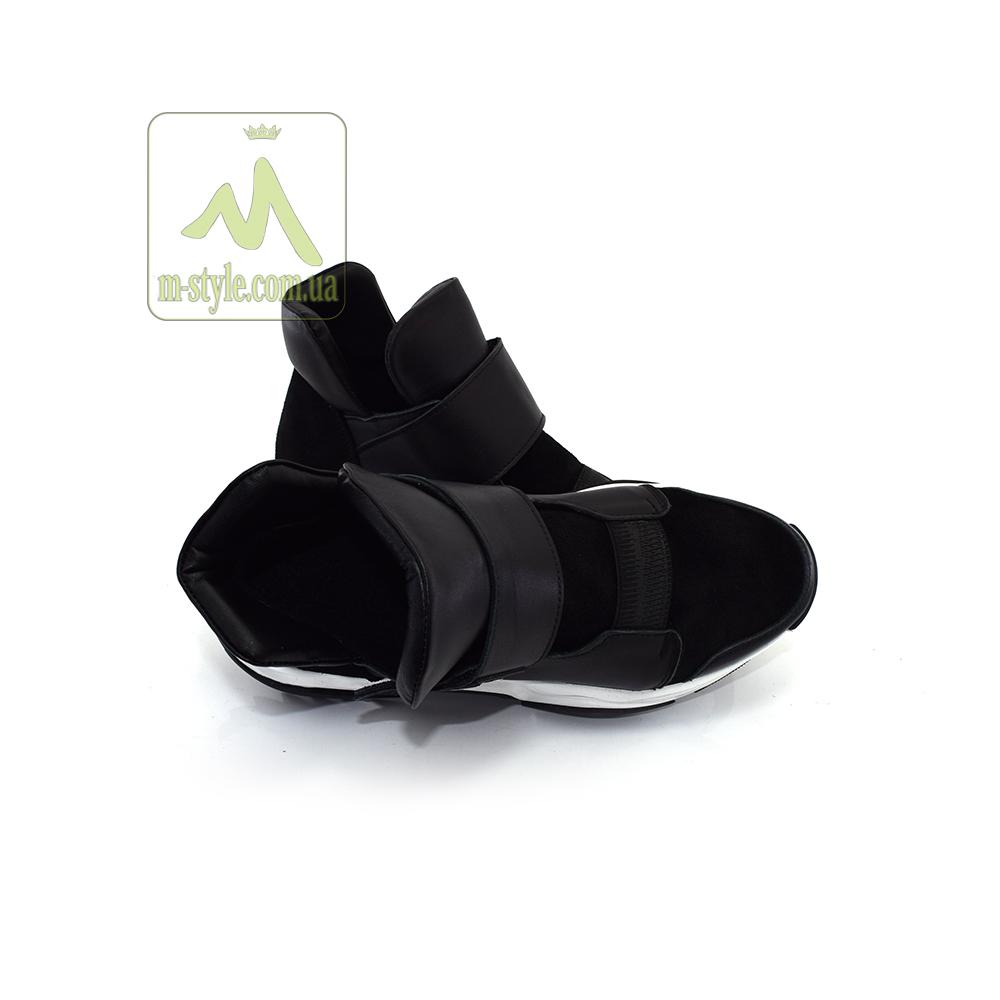 Кросівки Mankodi