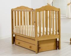 Детская кроватка с универсальным маятником Гандылян Анастасия