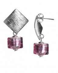 Квадратные розовые серьги под серебро