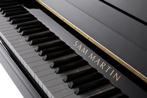 Акустические пианино Sam Martin UP110