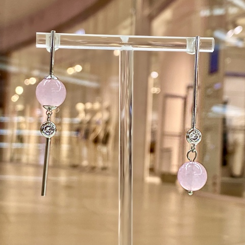 Серьги-подвески MIX Асимметрия с кварцем и цирконами розовый ш925