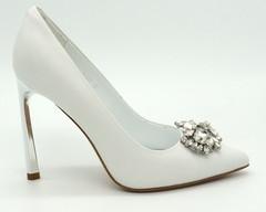 Классические туфли из натуральной кожи