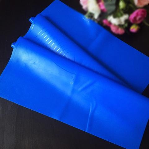 Коврик силиконовый синий 36*57
