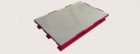 Поддон пластиковый сплошной 1200x800x160 мм с полозьями, усиленный металлическим профилем. Цвет: Красный