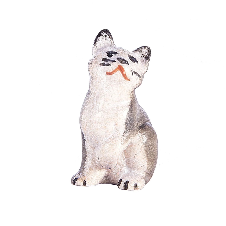 Котёнок сидит