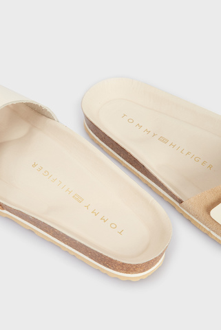 Женские бежевые кожаные слайдеры MOLDED FOOTBED SANDAL Tommy Hilfiger