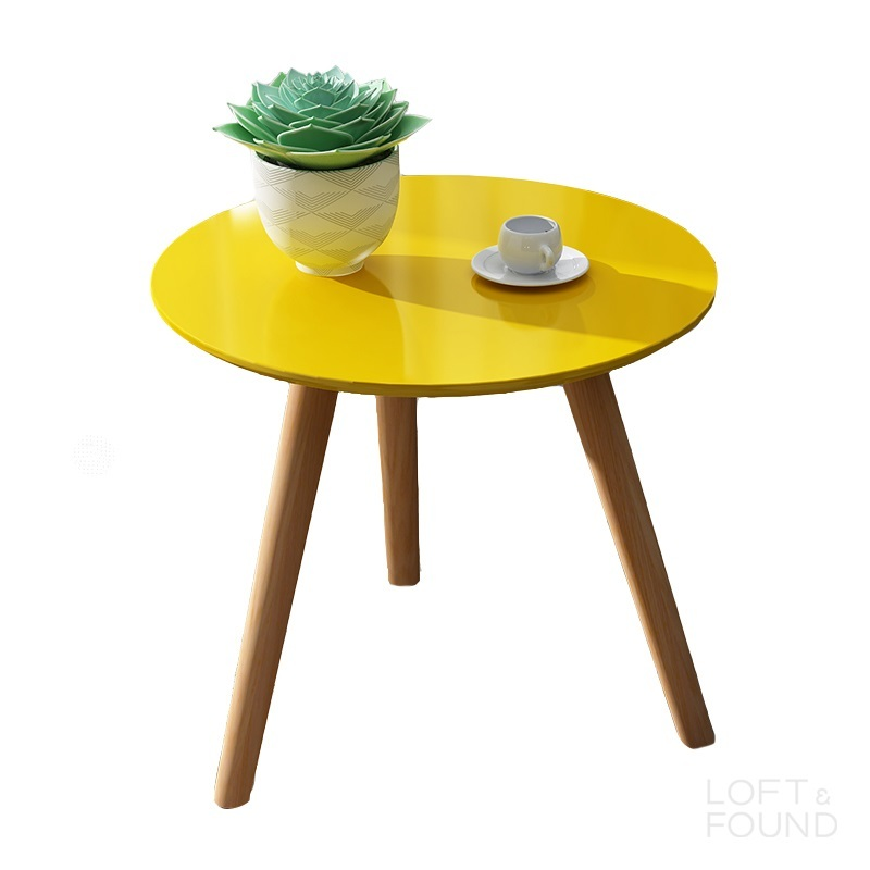 Приставной столик Eggy