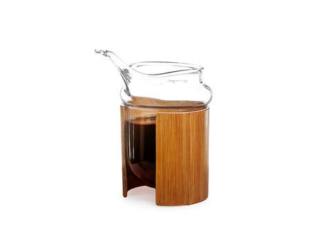 Сливник из жаропрочного стекла с бамбуковыми вставками 250 мл. Интернет магазин чая